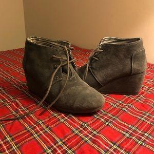 Toms grey booties